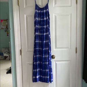 Neurons Blue and White Tie Dye Maxi Dress S